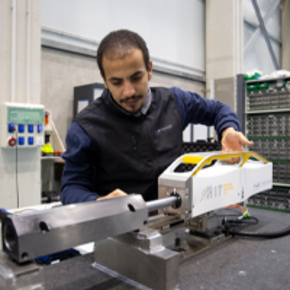 Portfolio cases – Featured image – Micromargin component inspection